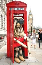 MNM - Phone box